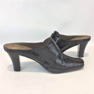 AEROSOLES Shoes - A2 AEROSOLES 9M Brown Mules NEW